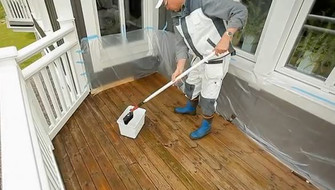 Oiling decking