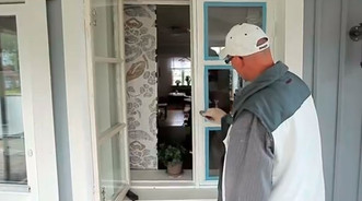 PAINTING WINDOWS - Three steps for better results.